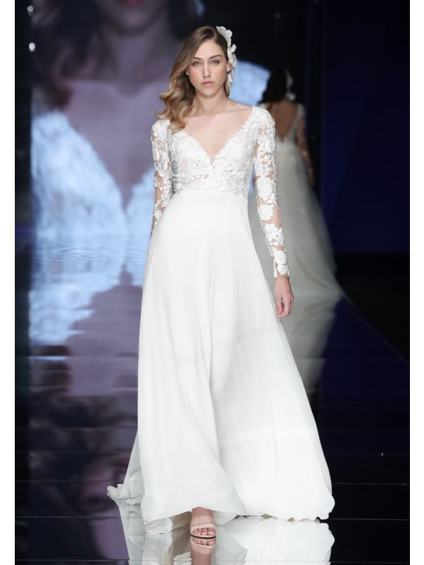 Embroidered Long Sleeves Chiffon Wedding Dress