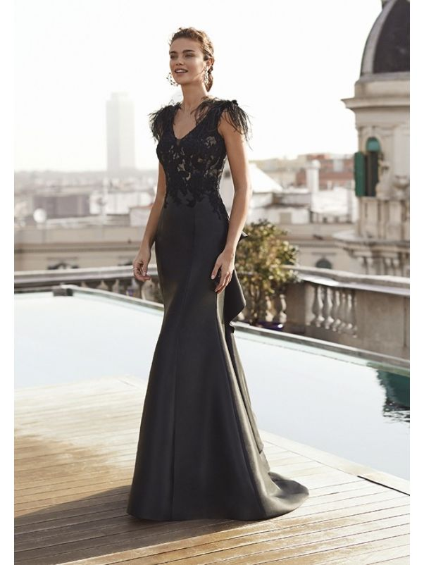 Embroidered Evening Dress With Low Back