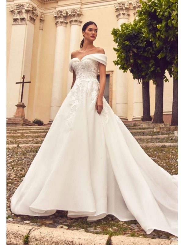 Off-Shoulder Organza Princess Wedding Dress