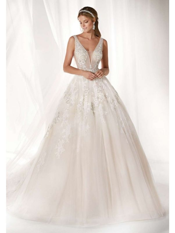 Embellished Sleeveless Tulle Ball Gown