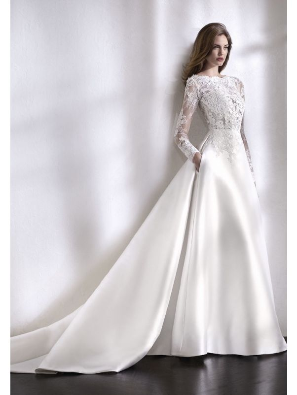Floral Lace Long Sleeves Wedding Dress