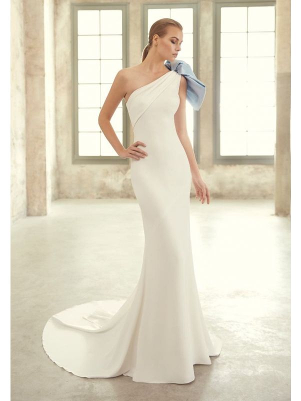 Fitted Mermaid Crepe Gown