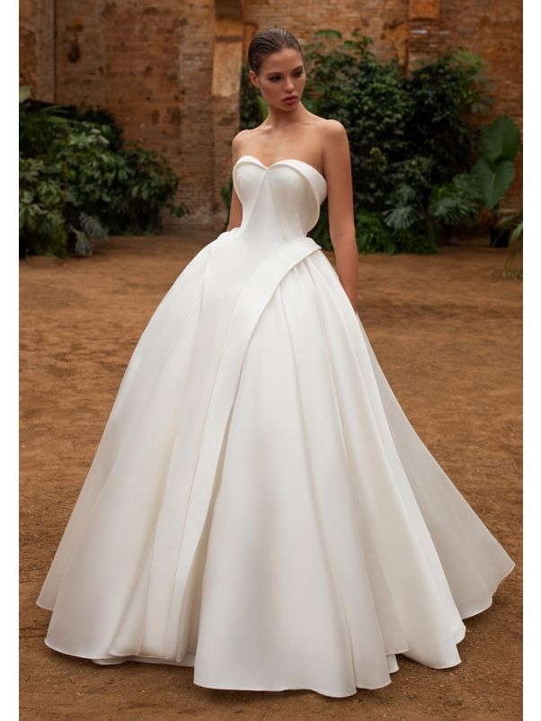 Pleated Voluminous Ball Gown